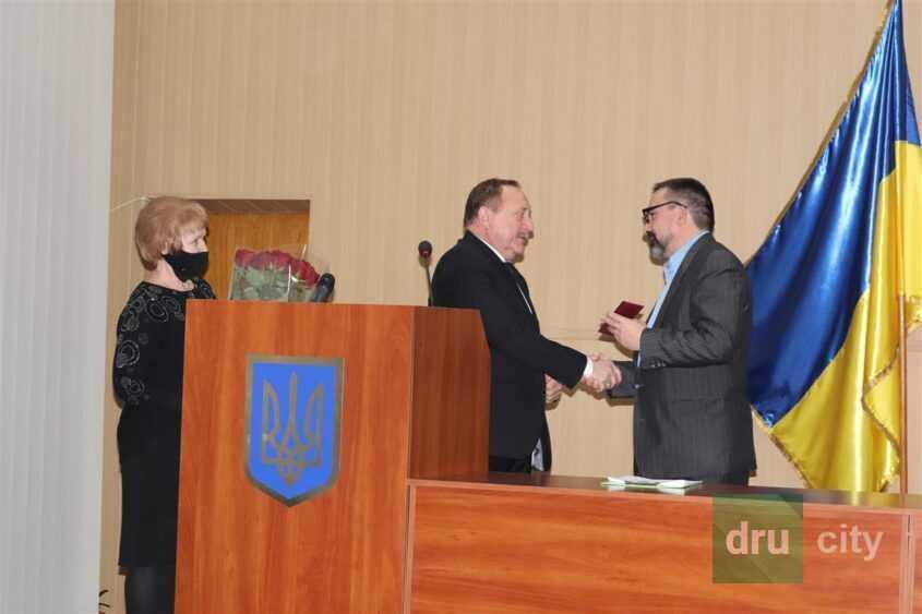 Депутаты дружковского горсовета принесли присягу