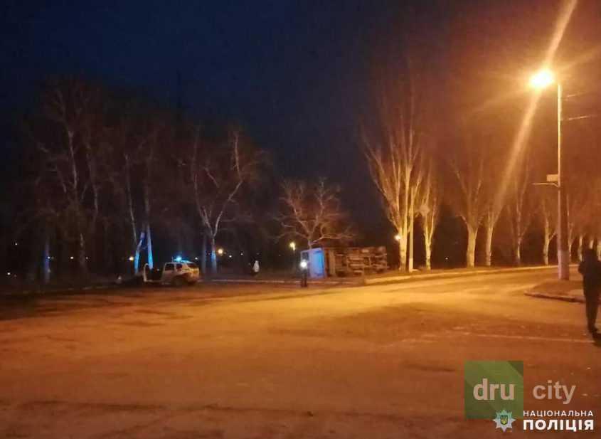 В Дружковке перевернулся автобус с людьми: водитель в тяжелом состоянии