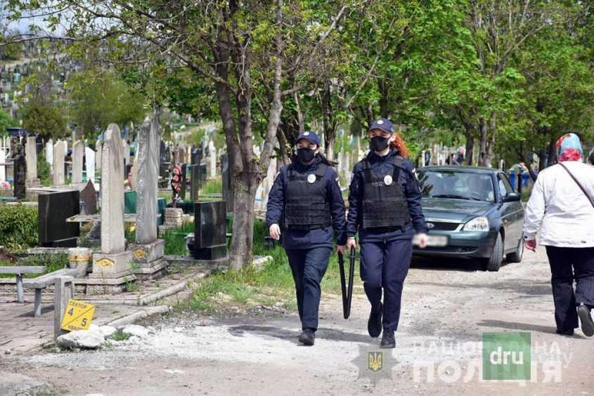 Правоохранители обеспечивали общественную безопасность во время мероприятий 9 мая