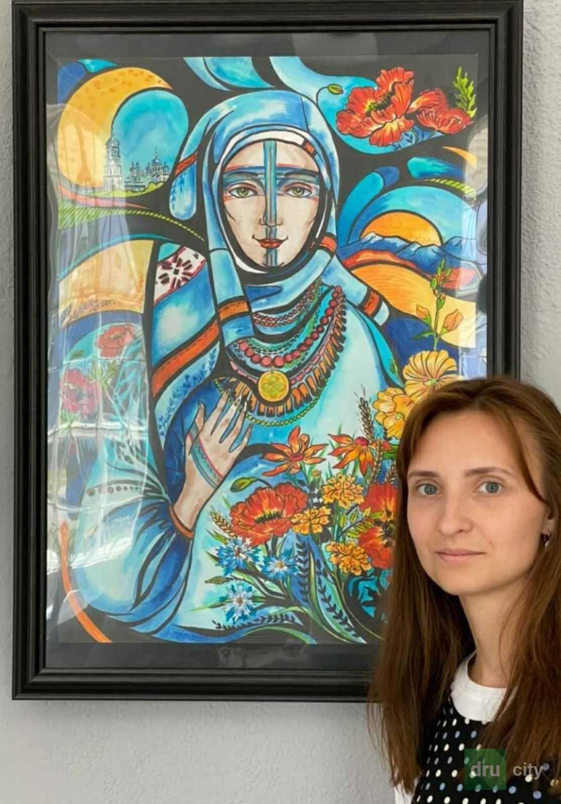 """На выставке """"Женский образ независимости"""" дружковчанки представили свои картины"""